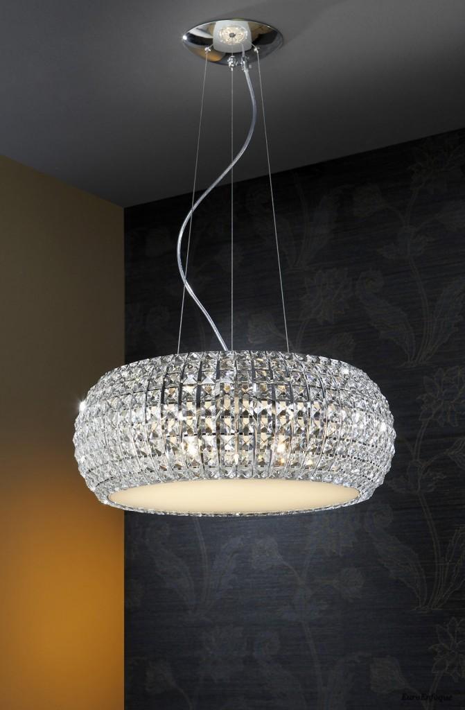 """""""Diamond es una de las piezas de decoración exclusiva de la marca valenciana Shulller.""""  Diamond, cristal en suspensión foto2"""