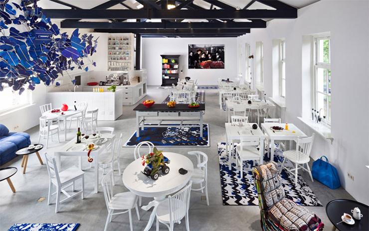 """""""En el centro histórico de Ámsterdam, la marca holandesa Droog ha abierto un nuevo hotel que ofrecerá a los amantes del diseño una experiencia única e inolvidable.""""  Hotel Droog, Ámsterdam Foto 122"""