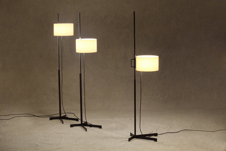 """""""La lámpara TMC es uno de los diseños más famosos del renombrado diseñador industrial español Miguel Milá.""""  Santa & Cole, Lámpara TMC Foto 15"""
