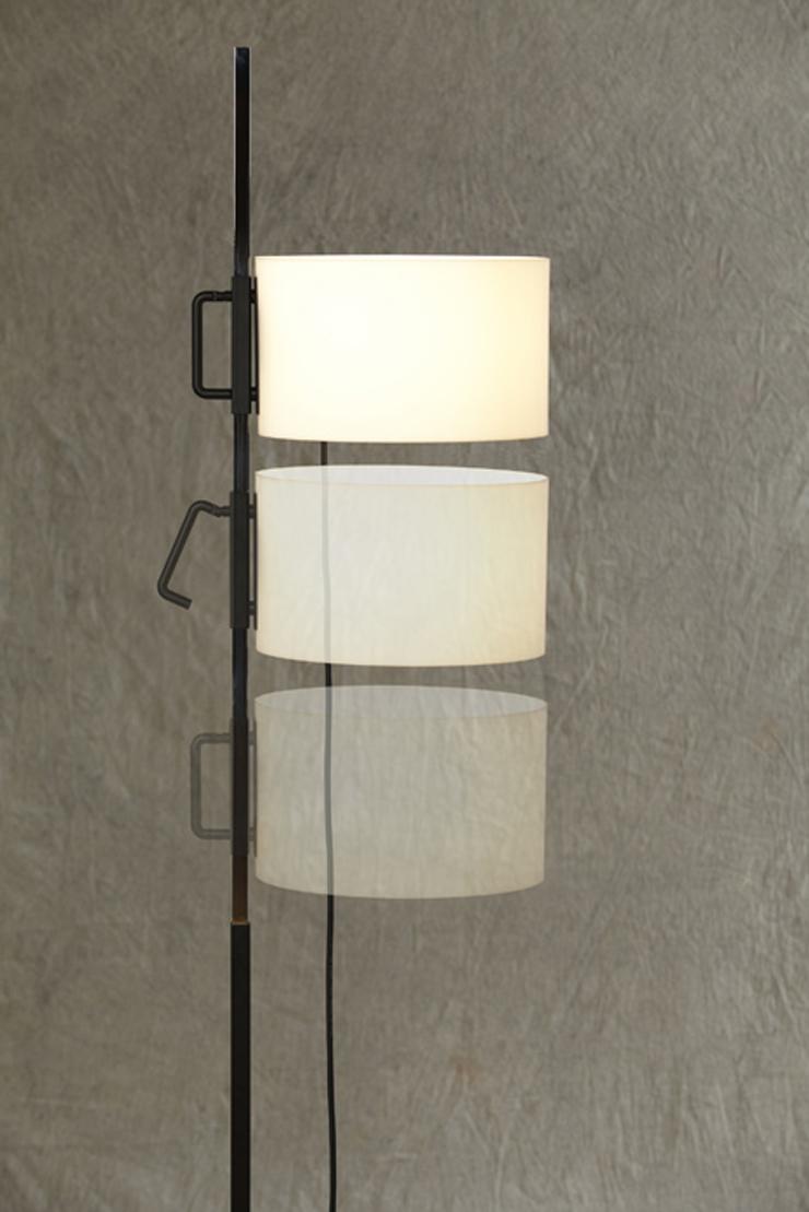 """""""La lámpara TMC es uno de los diseños más famosos del renombrado diseñador industrial español Miguel Milá.""""  Santa & Cole, Lámpara TMC Foto 34"""