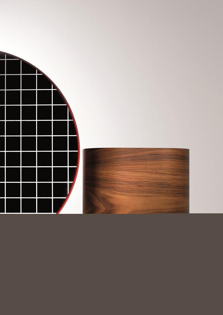 """""""El nombre de este moderno tocador es Chandlo, y es un diseño de los creadores británicos del estudio Doshi & Levier para el proyecto Das Haus 2012.""""  BD Barcelona Design, Tocador Chandlo Foto 38"""