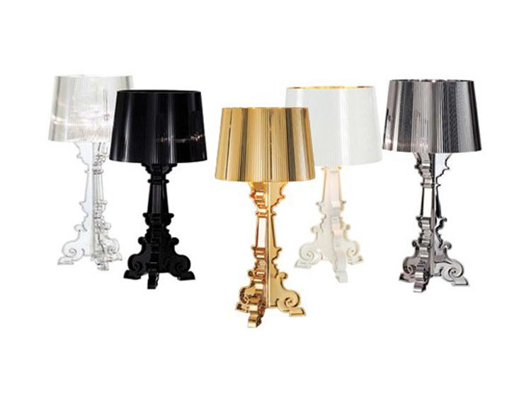 """""""Bourgie, una lámpara de policarbonato de estilo inconfundible y un éxito de ventas verdadero y propio de Kartell, conjuga la tradición clásica barroca."""" Bourgie, lámpara de estilo barroco Foto 41"""