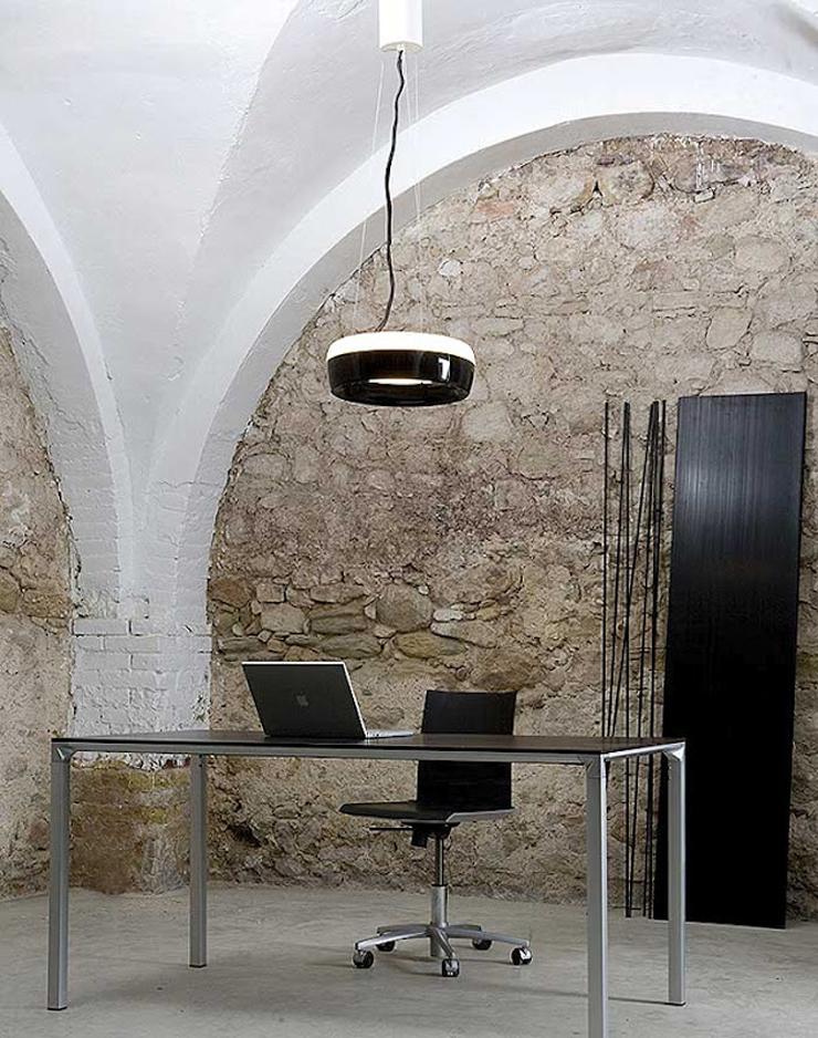 """""""Duet, de la firma Lamp diseñada por Jordi Ribaudí y Jordi Masvidal es una luminaria decorativa, versátil y capaz de crear ambientes con personalidad.""""  Lámpara Duet, diseño orgánico Foto 411"""