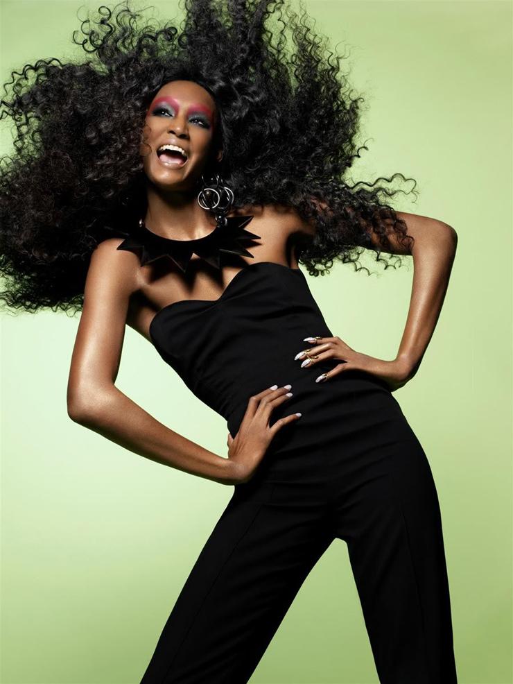 """""""Sessilee López jamás pensó que su sueño de ser modelo se llegaría a realizar. Hija de una madre soltera de origen dominicano, fue criada en un hogar donde lo único que no faltó fueron las ganas de triunfar.""""  Sessilee López, la nueva Naomi Foto 11"""