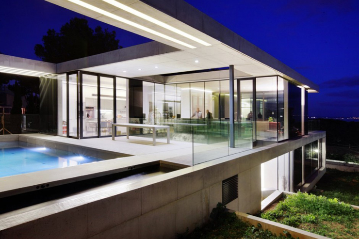 """""""Los arquitectos de SCT Estudio de Arquitectura, realizaron el diseño de arquitectura de esta moderna vivienda, ubicada en Costa d'en Blanes."""" Casa minimalista Casa minimalista, Costa d'en Blanes Foto 315"""