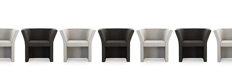 """""""La serie Cup es una colección de pequeñas butacas y sofás del diseñador Josep Luscà, fue presentada por Rafemar en la feria Qubique de Berlín.""""  Josep Luscà, La serie Cup Foto 413"""