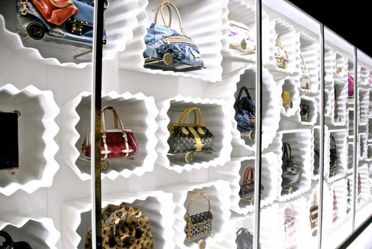 """""""Pocos diseñadores han sabido interpretar tan bien el espíritu de una marca como Marc Jacobs para Louis Vuitton.""""  Marc Jacobs, Louis Vuitton Foto 5"""