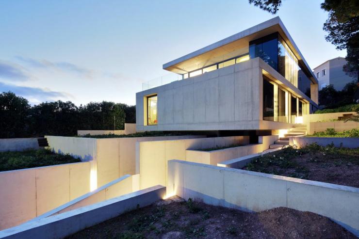 """""""Los arquitectos de SCT Estudio de Arquitectura, realizaron el diseño de arquitectura de esta moderna vivienda, ubicada en Costa d'en Blanes."""" Casa minimalista Casa minimalista, Costa d'en Blanes Foto 57"""
