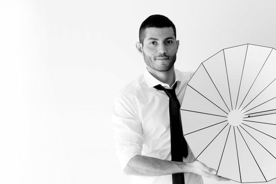 """""""Cristián Mohaded el joven diseñador industrial que crea jugando."""""""