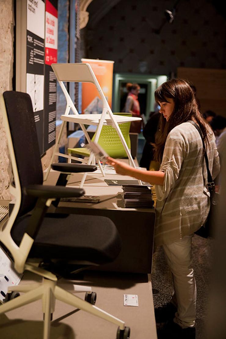 """""""Actiu ha participado en las actividades incluidas en la Barcelona Design Week, un evento que promueve FAD, asociación fundada en 1903 para el fomento de las Artes y del Diseño.""""  Actiu en Barcelona Design Week 2012 Foto 115"""