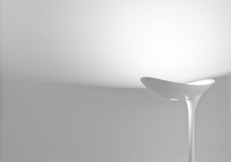 """""""En esta entrada sobre diseño de iluminación decorativa de alta gama, le toca el turno a la lámpara de pie de diseño Flamingo.""""  Lámpara de pie de diseño Flamingo Foto 24"""