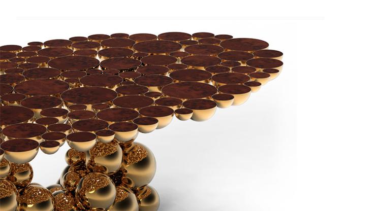 """""""Una mesa de comedor inspirada en la ley de la gravedad de Isaac Newton, compuesta de esferas y semi esferas brillantes unidas unas encima de otras.""""  Newton, Nueva Mesa de Comedor Foto 25"""