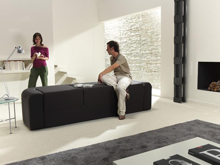 """Este sofá bautizado como Café & Leche, no es más que otra magnífica idea para minis apartamentos.""  Sofá convertible ""Café y Leche"" Foto 37"