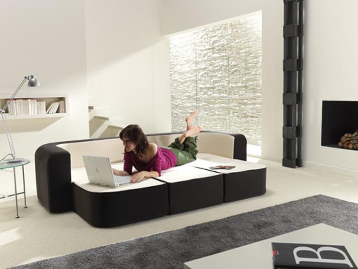 """Este sofá bautizado como Café & Leche, no es más que otra magnífica idea para minis apartamentos.""  Sofá convertible ""Café y Leche"" Foto 43"