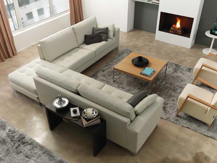 """""""Lobi, un sofá cuyo distinguido diseño lo convierten en una pieza para vestir espacios de marcado estilo vintage."""""""