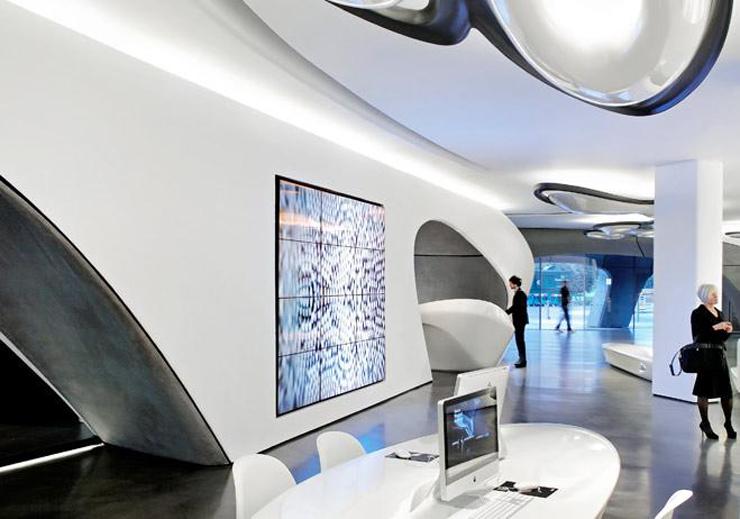 """""""Zaha Hadid Architects y Roca London Gallery se unen para consolidar una galería que se erige como referente del interiorismo.""""  Roca London Gallery roca zaha londres"""