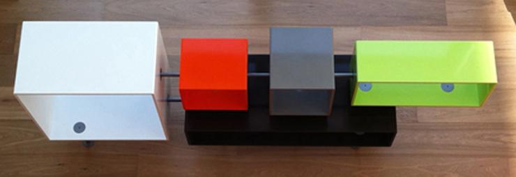 """""""Jean-Baptiste Sibertin-Blanc ha creado una colección en HI-MACS para la muestra: una consola, un espejo y una lámpara de neón.""""   Tres nuevos productos en HI-MACS sibertinheader2"""