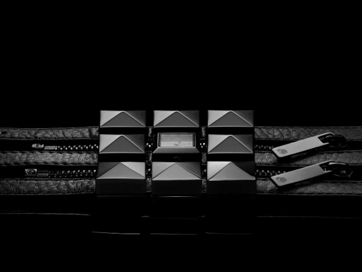 """""""La firma de accesorios de moda Fossil ha anunciado una asociación estratégica con Karl Lagerfeld para diseñar, desarrollar y distribuir una línea de relojes de hombre y mujer bajo la marca del diseñador.""""  Relojes de Karl Lagerfeld para Fossil Foto 23"""