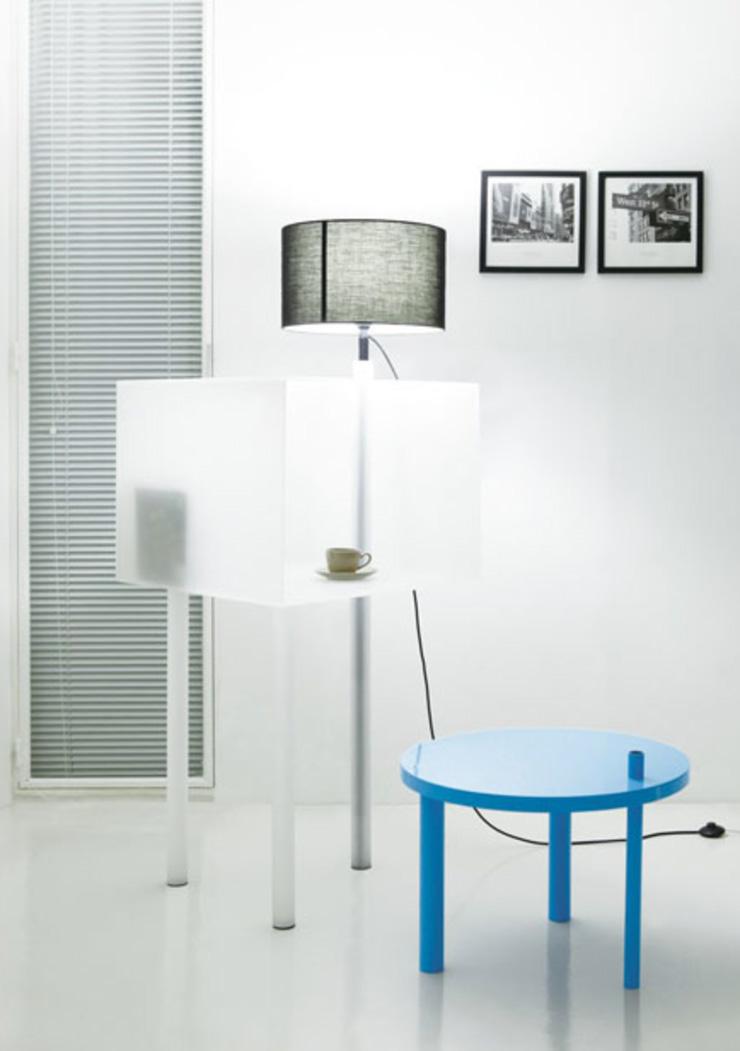 """""""La serie A Intersection B es una obra del diseñador coreano Kim Myung Hyun. Y es una colección de muebles que se pueden encajar de distintas formas, para ser utilizado de manera que se adapte a cada una de las situaciones.""""  A Intersection B, muebles para espacios pequeños ab 3"""