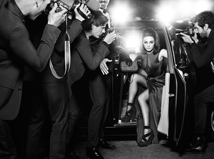 """""""La actriz es la nueva imagen de la firma de moda, que acaba de lanzar los visuales de su campaña de primavera/verano 2012.""""  Mila Kunis para Dior Foto 41"""