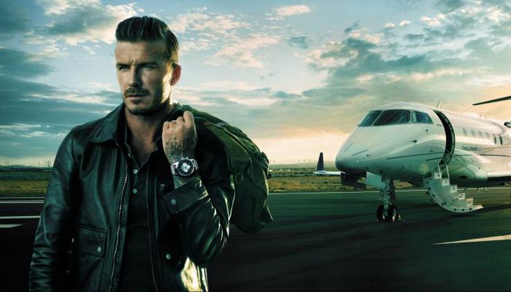"""""""Breitling ha escogido David Beckham como la nueva cara para su modelo Transocean Chronograph Unitime.""""  David Beckham viaja con Breitling  backhamunitime news zoom 2011"""