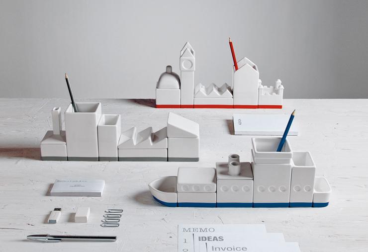 """""""Desktructure de Hector Serrano Un singular set de escritorio en porcelana diseñado para Selleti.""""  Desktructure by Hector Serrano 1348733666"""