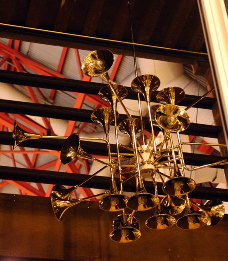 """""""¿No os parece espectacular? Me he enamorado directamente de esta maravillosa lámpara de techo, un diseño de auténtico lujo.""""  Botti, instrumentos de viento botti unique ceiling lamp 06"""