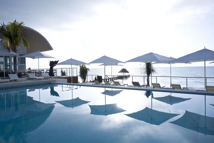 """""""El Mandarin Oriental Riviera Maya se distingue por sus habitaciones con diseño elegante y su excelente servicio.""""  Mandarin Oriental Riviera Maya MOCUNCAMEO57"""