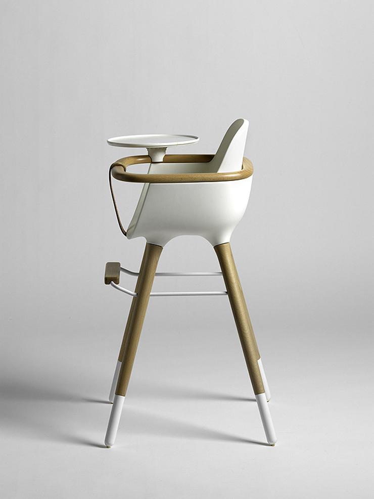 """""""El estudio CuldeSac ha diseñado para la firma de mobiliario infantil Micuna, la trona Ovo.""""  La trona Ovo para Micuna Trona Ovo"""