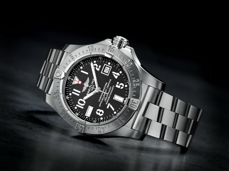 """""""El nuevo reloj presentado por Breitling; Sumergible hasta una profundidad de 3.000 metros"""" Breitling Avenger Seawolf seawolf"""