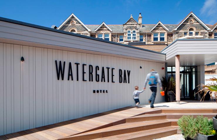 """""""El Watergate Bay Hotel se encuentra en la costa atlántica al sudoeste de la isla británica."""" Hotel en la costa Hotel en la costa atlántica británica 223"""
