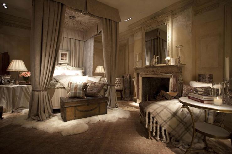 """""""La tienda principal de Ralph Lauren en Madison Avenue, también es conocida como The Polo Mansion y The Polo Castle, es probablemente la tienda más lujosa y bonita del mundo.""""  Ralph Lauren Madison Avenue, la tienda más lujosa del mundo 312"""