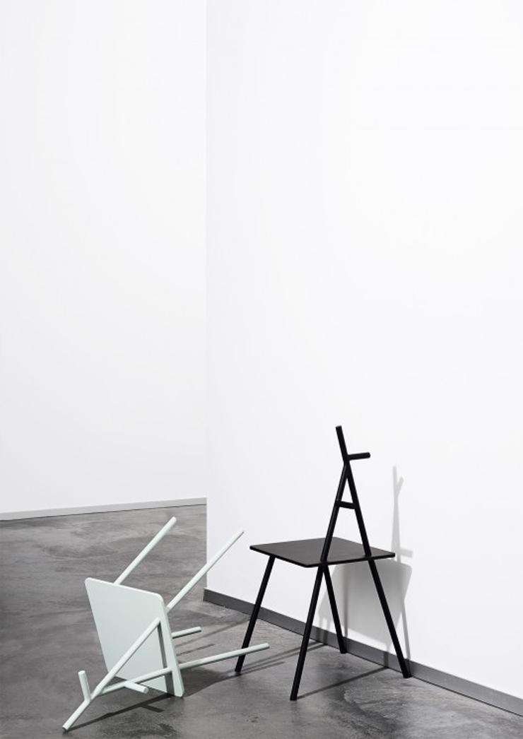 """""""Alf es una pequeña, diferente y multifuncional pieza de mobiliario creada por la diseñadora Signe Hytte.""""  Silla Alf de Signe Hytte 15"""