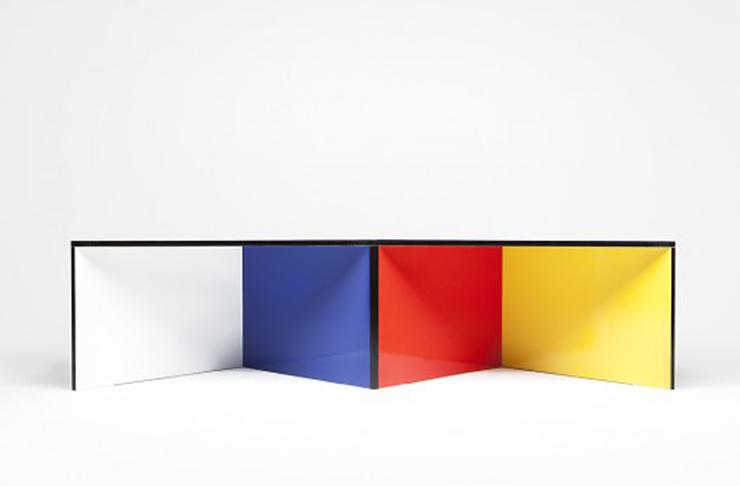 """""""NZELA es una robusta mesa modular creada por el estudio de diseño KAYIWA y fabricada en contrachapado de abedul Grado A.""""  Ideas para Decorar: Mesa NZELA de KAYIWA 19"""