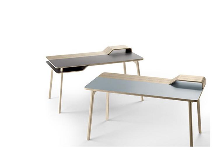 """""""Una mesa de trabajo inspirada en el mar."""" Belharra la última creación de Treku 24"""