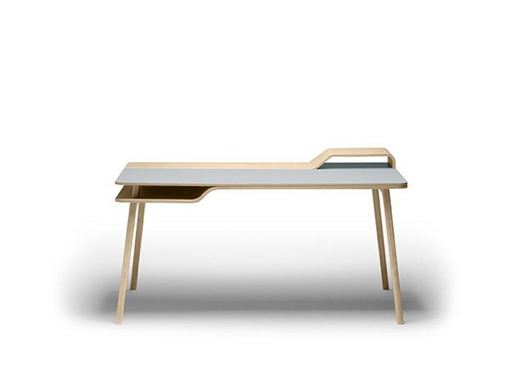 """""""Una mesa de trabajo inspirada en el mar."""" Belharra la última creación de Treku 33"""