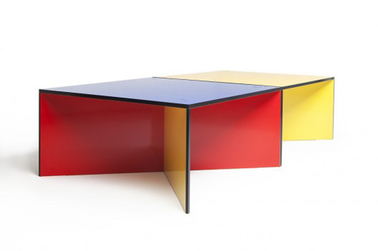 """""""NZELA es una robusta mesa modular creada por el estudio de diseño KAYIWA y fabricada en contrachapado de abedul Grado A.""""  Ideas para Decorar: Mesa NZELA de KAYIWA 38"""