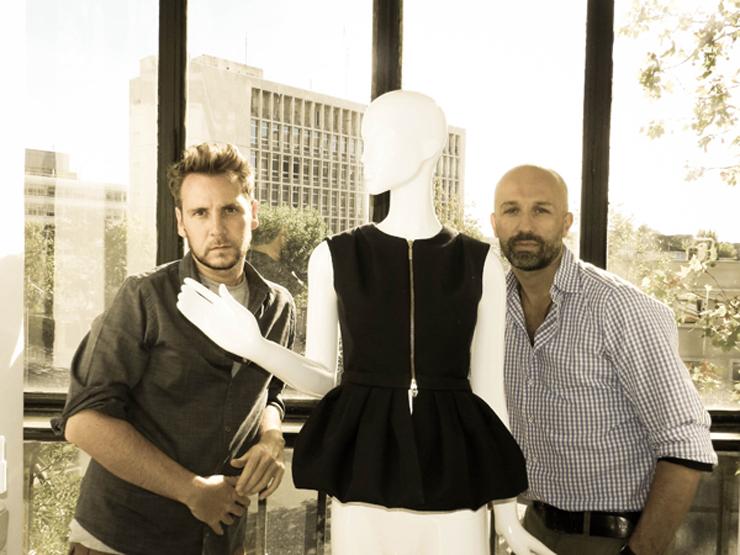 """""""Álvaro Castejón y Arnaud Maillard son los artífices de Alvarno, una firma española de prêt-à-porter femenino que apuesta por el lujo.""""  Marcas de Lujo Españolas: Alvarno 212"""
