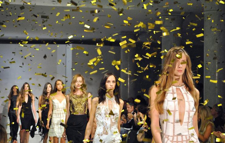 """""""Álvaro Castejón y Arnaud Maillard son los artífices de Alvarno, una firma española de prêt-à-porter femenino que apuesta por el lujo.""""  Marcas de Lujo Españolas: Alvarno 61"""