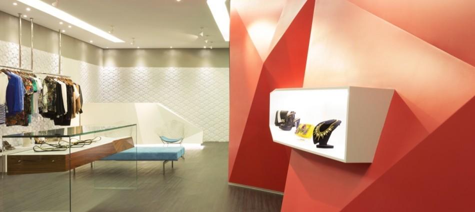Decoración de Interiores: Boutique Las Chicas de GUIV Arquitetura 1011