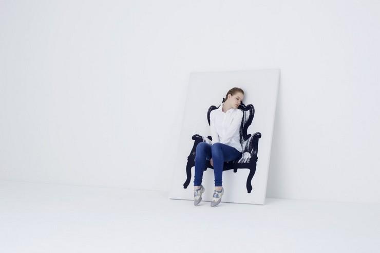 """""""Una silla en forma de lienzo con un dibujo de una silla. Creada por el estudio japonés YOY."""" Ideas para Decorar: Silla Canvas de YOY 314"""