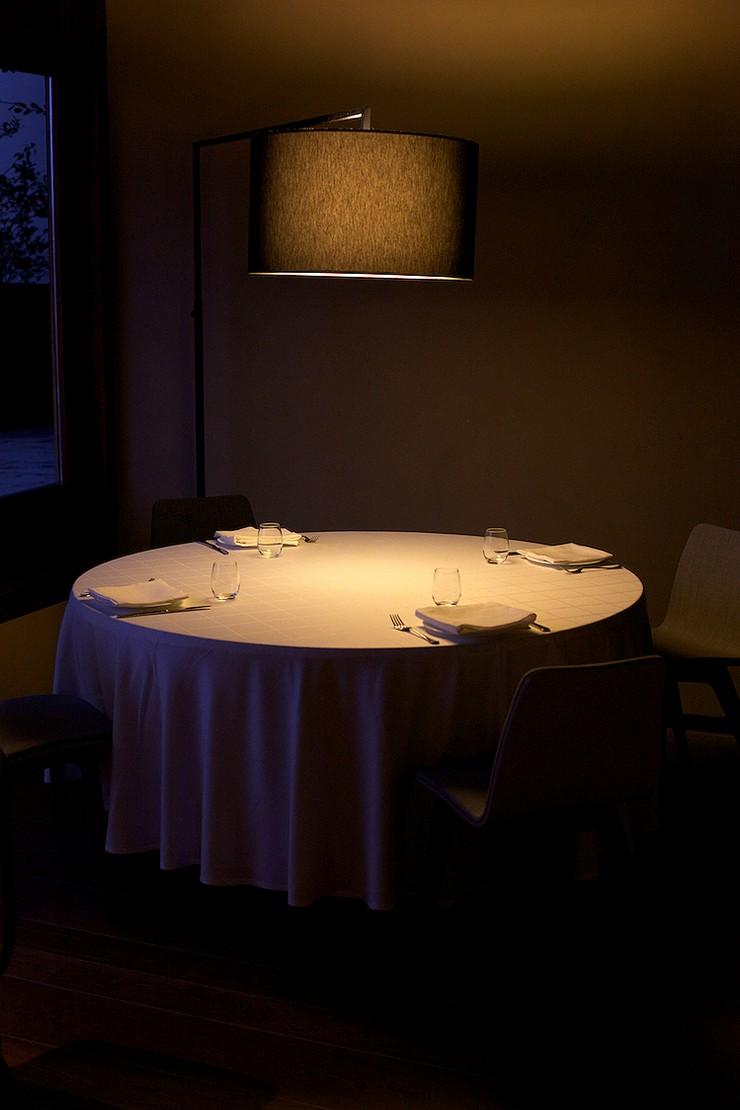 """""""Así se presentan las amplias habitaciones del Hotel Alma Pamplona, de generosos ventanales y elegantes hechuras.""""  Hoteles de Lujo: Hotel Alma Pamplona 319"""