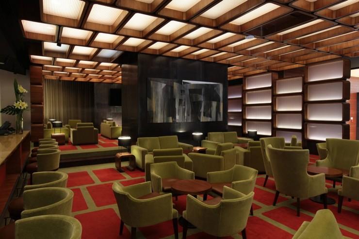 """La decoración del Hilton Lobby Bar por Pascal Arquitectos.""  Decoración de Interiores: Hilton Lobby Bar de Pascal Arquitectos 35"