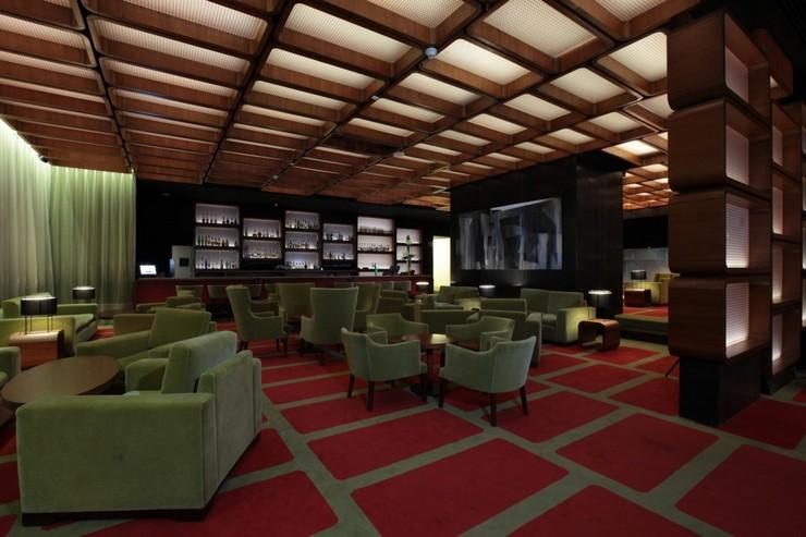 """La decoración del Hilton Lobby Bar por Pascal Arquitectos.""  Decoración de Interiores: Hilton Lobby Bar de Pascal Arquitectos 43"