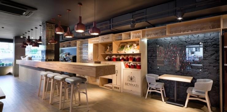 """""""Odessa invita a sus huéspedes en un formato completamente nuevo.""""  Decoración de Interiores: Restaurant Odessa de YOD Design Lab 48"""