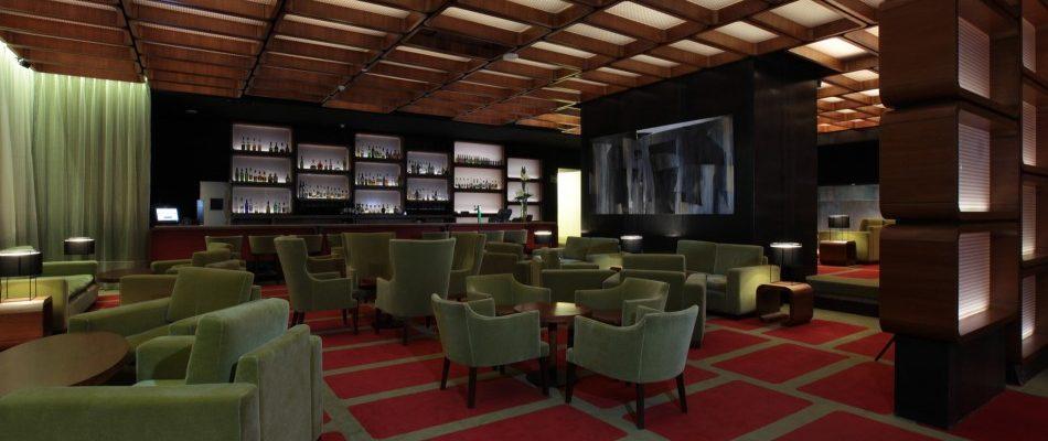 Decoracion interiores bares free nrdico y rustico diseo - Arquitectos y decoradores de interiores ...