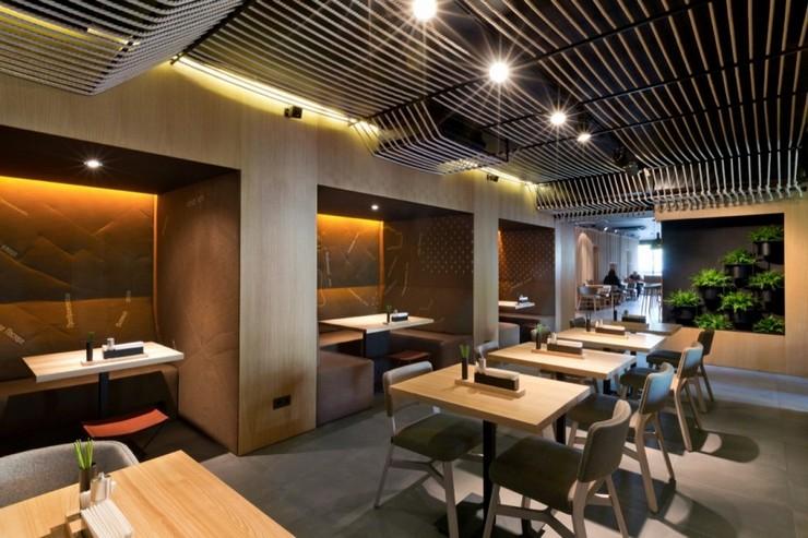 """""""Odessa invita a sus huéspedes en un formato completamente nuevo.""""  Decoración de Interiores: Restaurant Odessa de YOD Design Lab 55"""