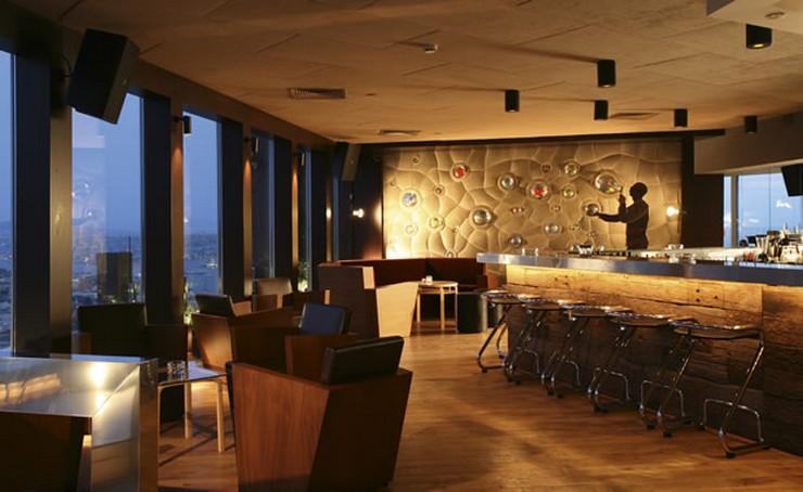 """""""Con una vista panorámica de Estambul, Mikla es un restaurante de lujo.""""  Mikla, restaurante de prístino sabor para el paladar exigente restaurantes de lujo mikla11"""