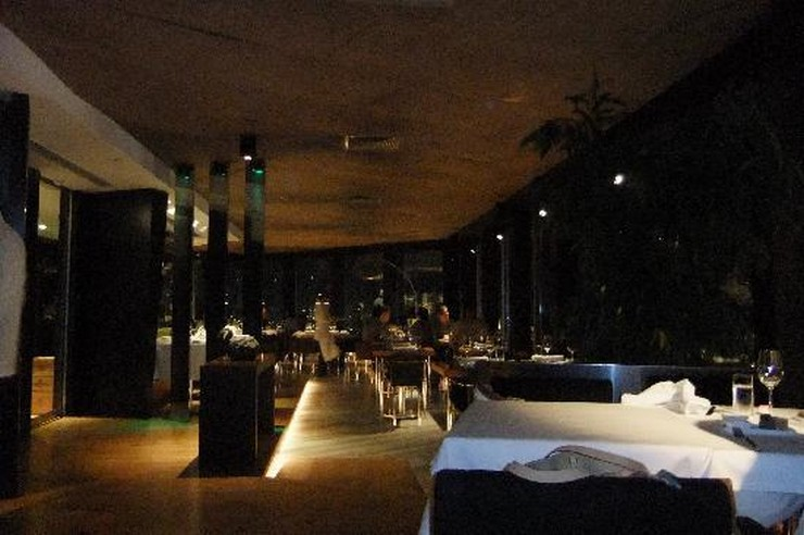 """""""Con una vista panorámica de Estambul, Mikla es un restaurante de lujo.""""  Mikla, restaurante de prístino sabor para el paladar exigente restaurantes de lujo mikla4"""