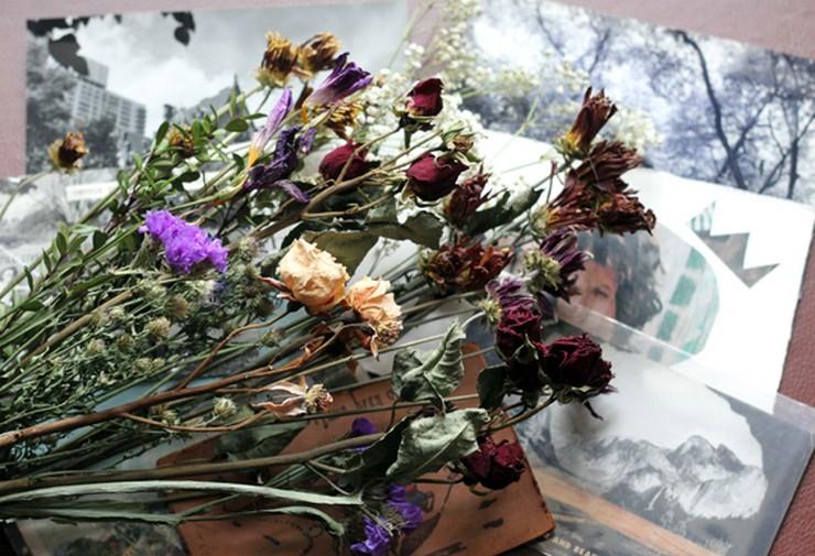 """""""Crear un ambiente vintage en el hogar o en el jardín es muy sencillo si se dispone de unas ramas y unas flores secas.""""  Decorar con Flores Secas al Estilo Vintage 114"""